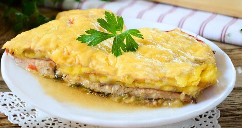 Куриное филе с картофелем и сыром